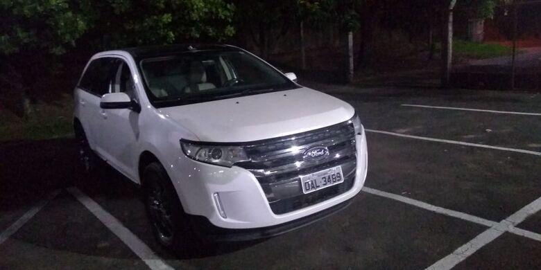 Carro roubado no Rio Grande do Sul é localizado em Dourado -