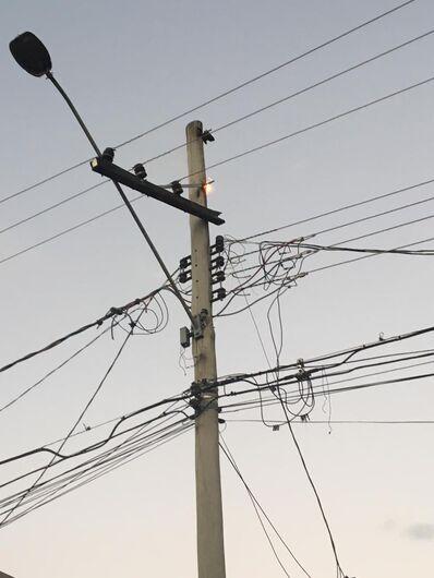 Princípio de incêndio em poste causa pânico no Santa Angelina - Crédito: Divulgação