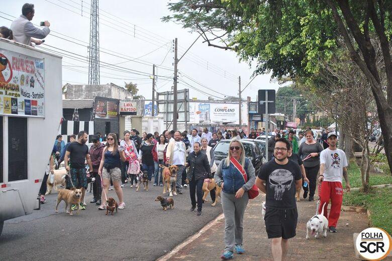 Cãominhada na Rua Larga chega a quarta edição - Crédito: Divulgação