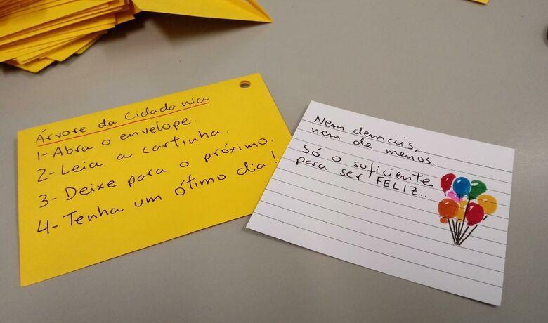 Árvore com mensagens de carinho e motivação será disponibilizada na UFSCar - Crédito: Divulgação