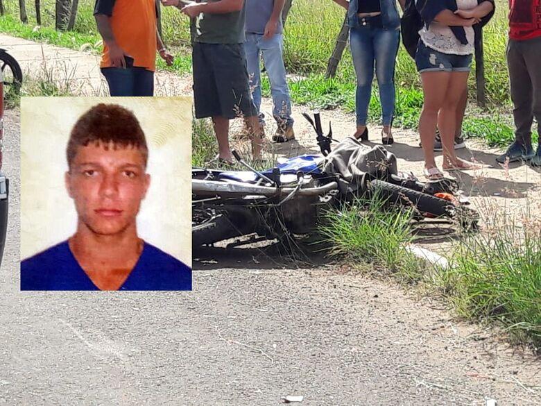 Motoboy que bateu em poste continua internado na UTI; em 2015 ele sofreu grave acidente -