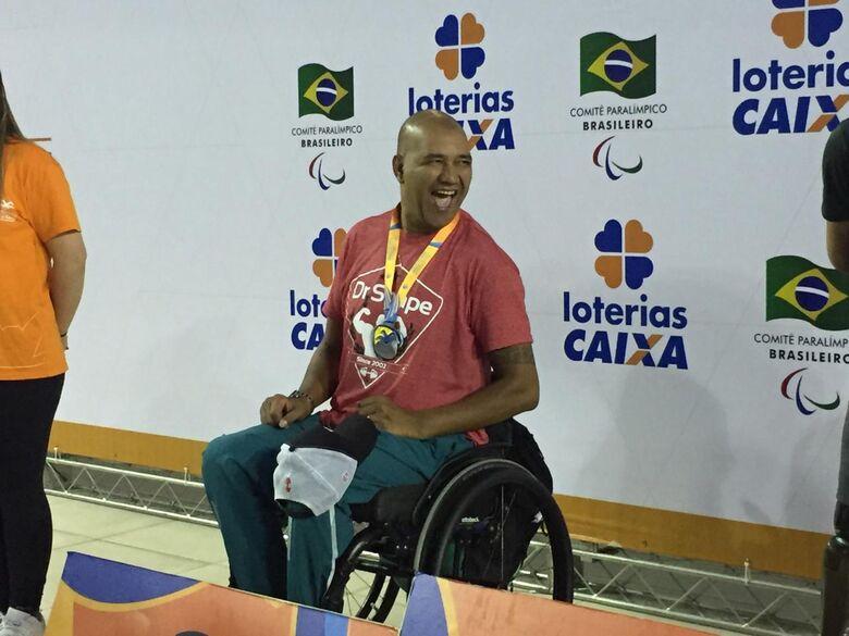 Atleta da LCN/Aquário Fitness é pódio duas vezes no Open Brasil Internacional - Crédito: Divulgação