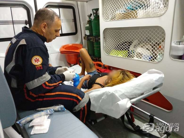 Mulher é atingida com pedrada na cabeça após briga familiar - Crédito: São Carlos Agora