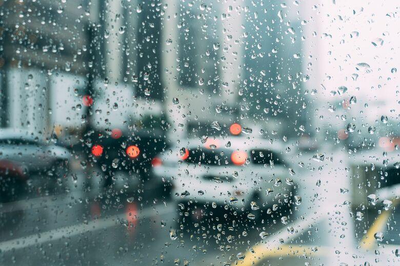Tempo chuvoso deve continuar nesta segunda-feira - Crédito: Pexels por Pixabay