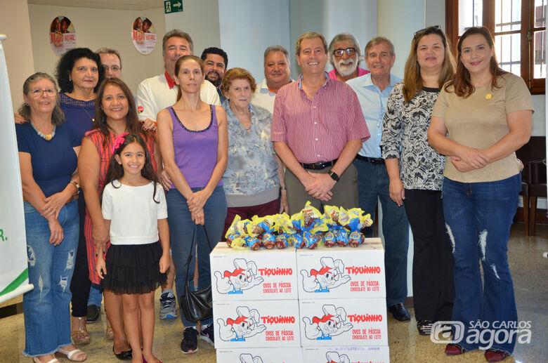 CME e Acisc entregam ovos de Páscoa para entidades - Crédito: Divulgação
