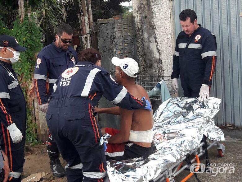Briga de casal acaba com homem esfaqueado - Crédito: São Carlos Agora