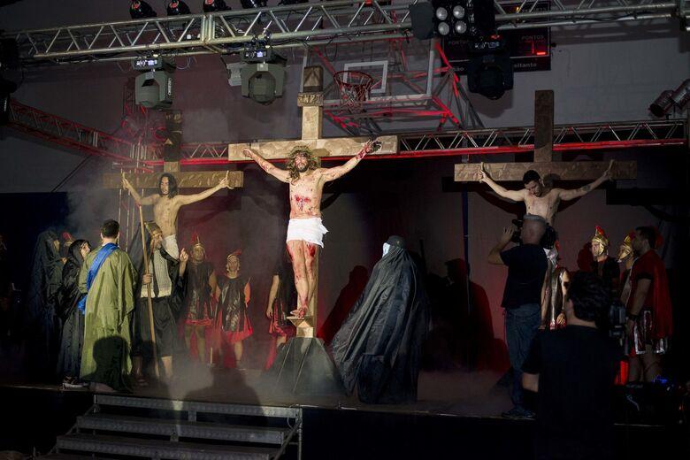 Noite de gala marca a encenação da Paixão de Cristo no Santa Felícia - Crédito: Roberto Lopes