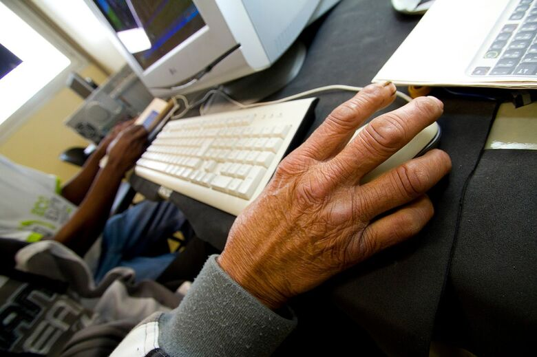 USP São Carlos oferece curso de informática básica para a terceira idade - Crédito: Divulgação