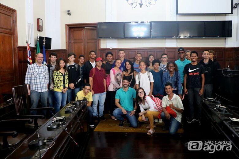 Alunos da escola Ludgero Braga visitam a Câmara Municipal - Crédito: Divulgação