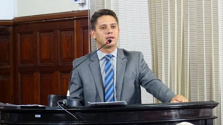 Secretário municipal de Agricultura e Abastecimento explicou que licitação deveria ter sido feita de forma antecipada. - Crédito: Arquivo