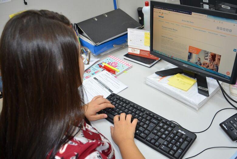 SMTER e SENAC abrem vagas para curso de operador de computador - Crédito: Divulgação