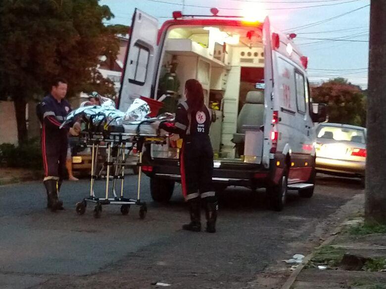 Briga entre vizinhos termina com homem ferido a pauladas no São João Batista - Crédito: São Carlos Agora