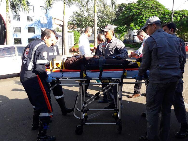 Motociclista fica ferida após colisão na região da USP - Crédito: São Carlos Agora