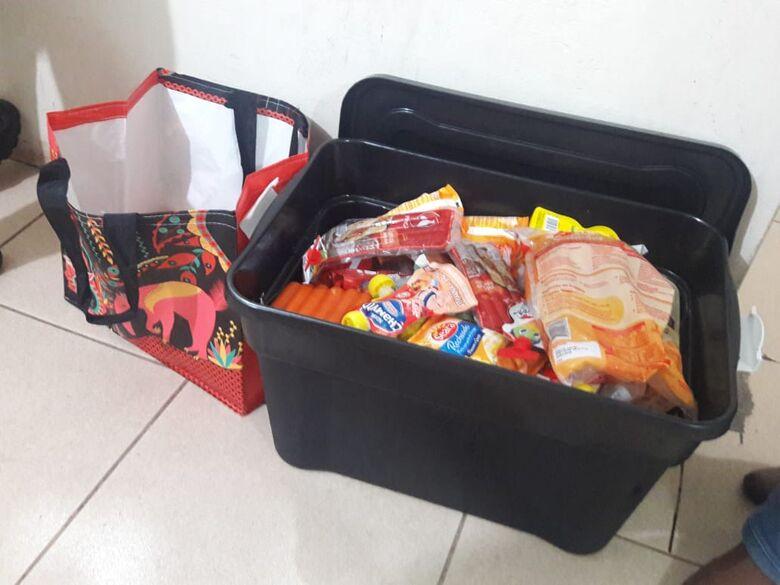 Casal é flagrado usando carrinho de bebê para furtar supermercado e acaba detido pela GM - Crédito: São Carlos Agora