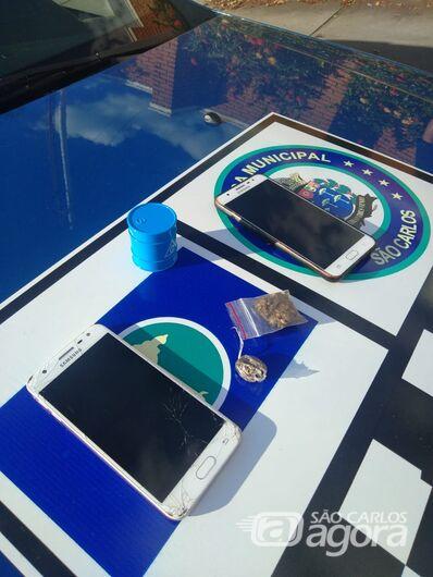 Canil flagra jovens com maconha e celular roubado em praça na Vila Prado - Crédito: Divulgação