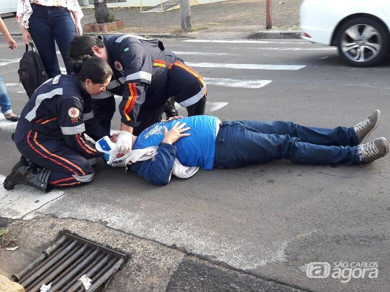 Motociclista fica ferido em acidente no Centro -