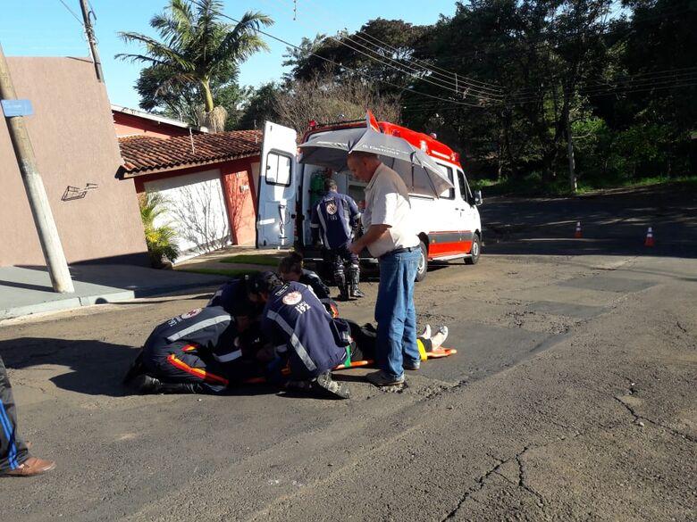 Garupa de moto fica ferida em acidente no Paulistano - Crédito: Maycon Maximino