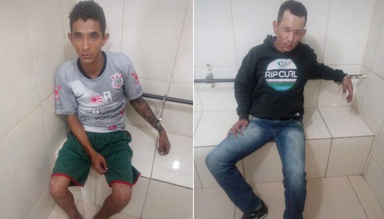 Dupla é detida no Douradinho desmanchando Uno furtado - Crédito: Arquivo/SCA
