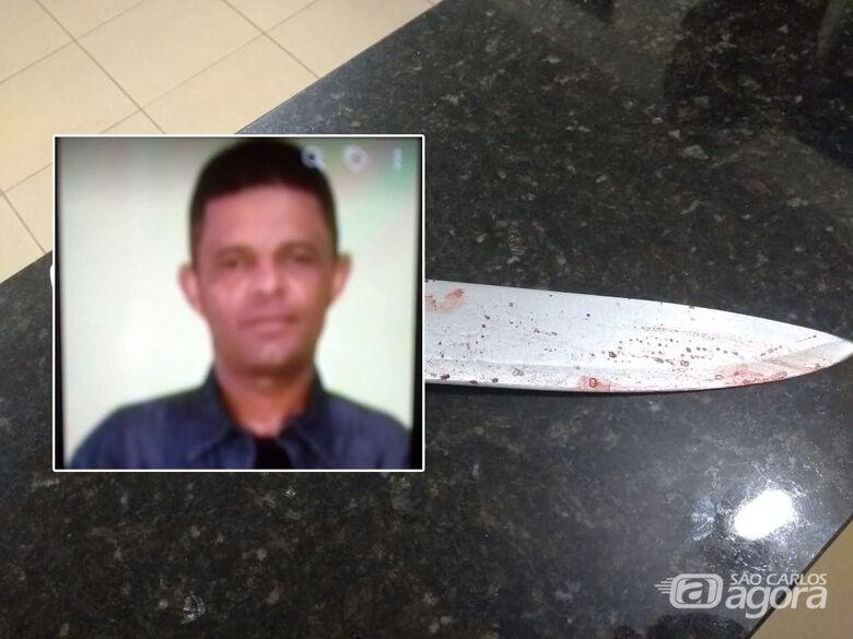 Morre mulher esfaqueada pelo ex-marido; polícia procura acusado - Crédito: São Carlos Agora