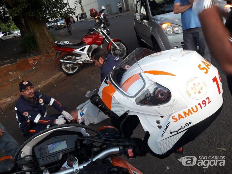 Motociclista bate em carro na Lagoa Serena - Crédito: São Carlos Agora