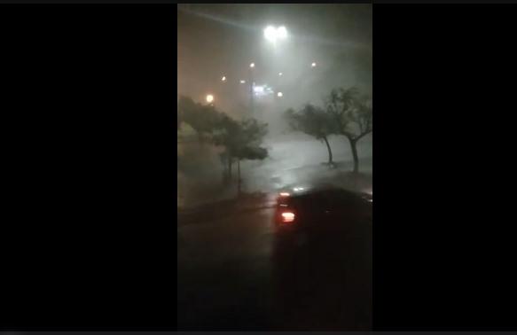 Chuva forte assusta e causa estragos nas regiões norte e oeste de São Carlos - Crédito: Reprodução