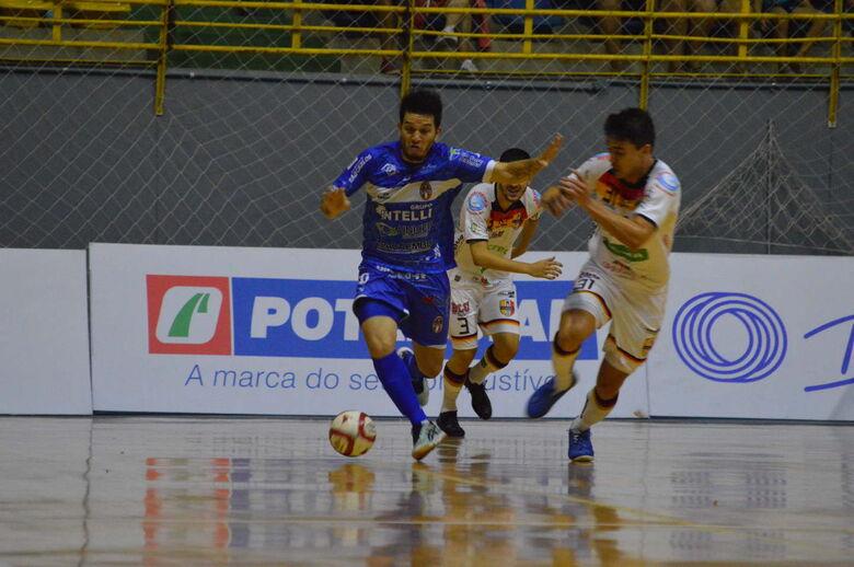 São Carlos desencanta e vence a primeira na Liga Nacional - Crédito: Maicon Reis