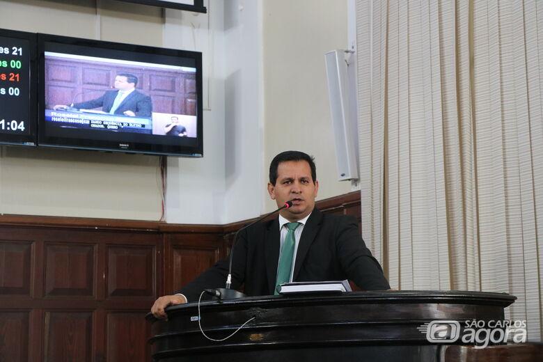 Roselei Françoso pede andamento da obra de construção da Emeb Dr. Alcyr Afonso Leopoldino - Crédito: Divulgação