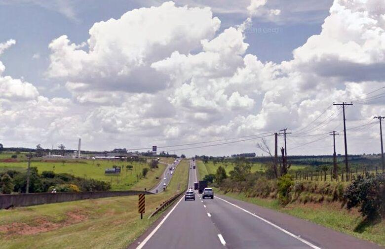 Trecho da rodovia Washington Luis tem velocidade máxima reduzida de 110 km/h para 90 km/h - Crédito: Google