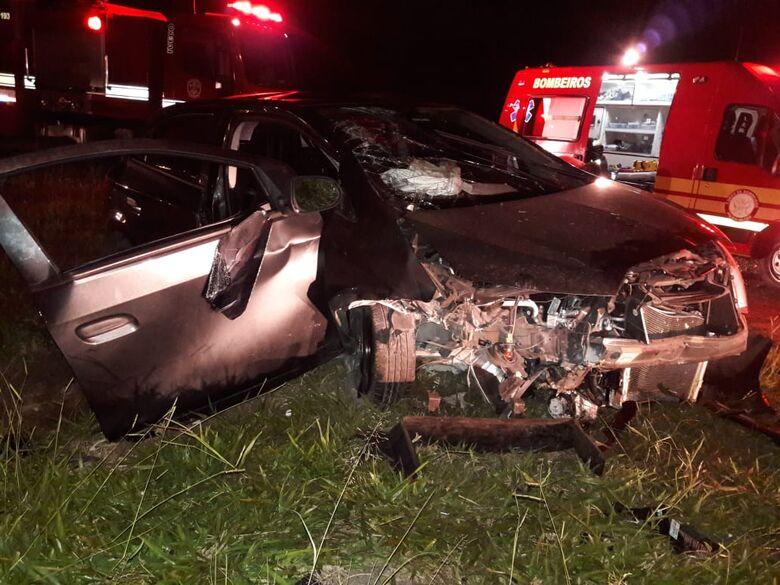 Quatro pessoas ficam feridas em acidente na Washington Luiz - Crédito: São Carlos Agora