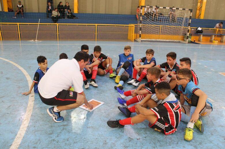 Garotada do Multi Esporte/La Salle fazem a festa e vencem sete vezes - Crédito: Divulgação