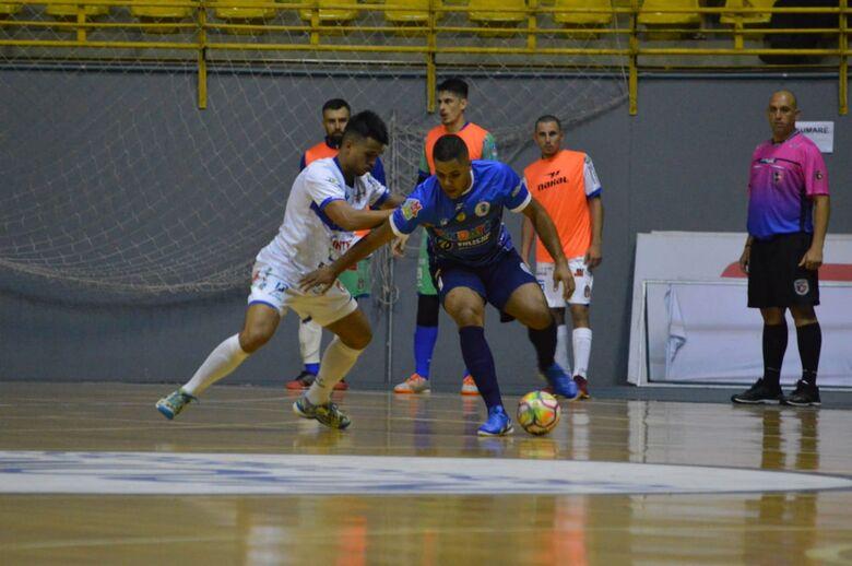 Pela Copa Paulista, São Carlos empata com o Taubaté e finaliza a primeira fase com a melhor campanha - Crédito: Maicon Reis