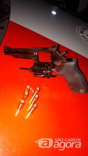 Empresário é detido com arma de fogo em caminhonete - Crédito: Luciano Lopes