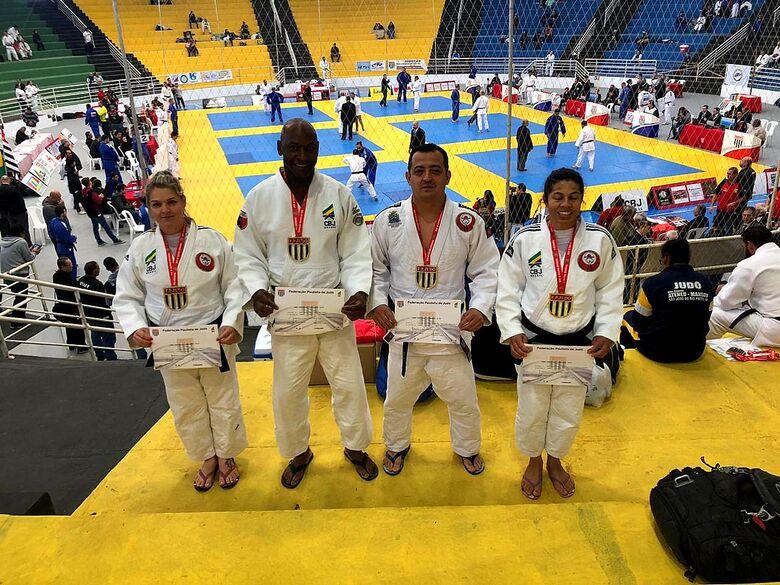 Judocas da Fábrica de Campeões/Smec brilham no Paulista Master - Crédito: Divulgação