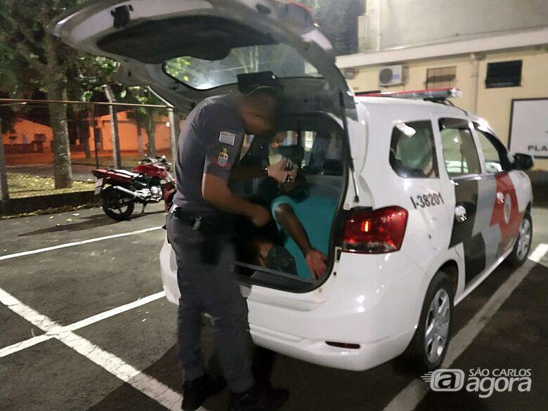Homem é detido após descumprir medida protetiva - Crédito: Luciano Lopes