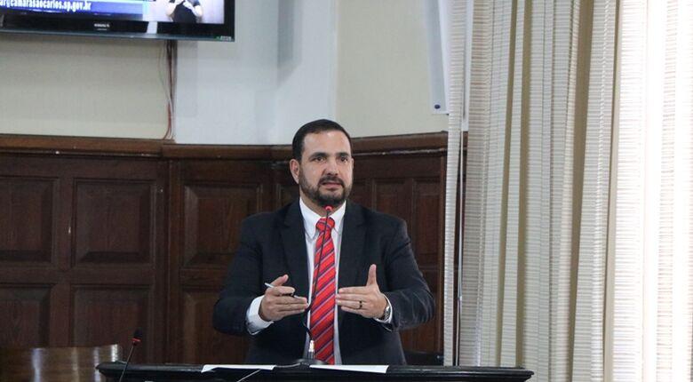Julio Cesar cobra recursos na Alesp para São Carlos e região na área da saúde - Crédito: Divulgação