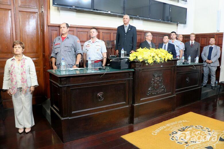 Bombeiros do Ano recebem homenagem na Câmara; trabalho da corporação é enaltecido - Crédito: Divulgação