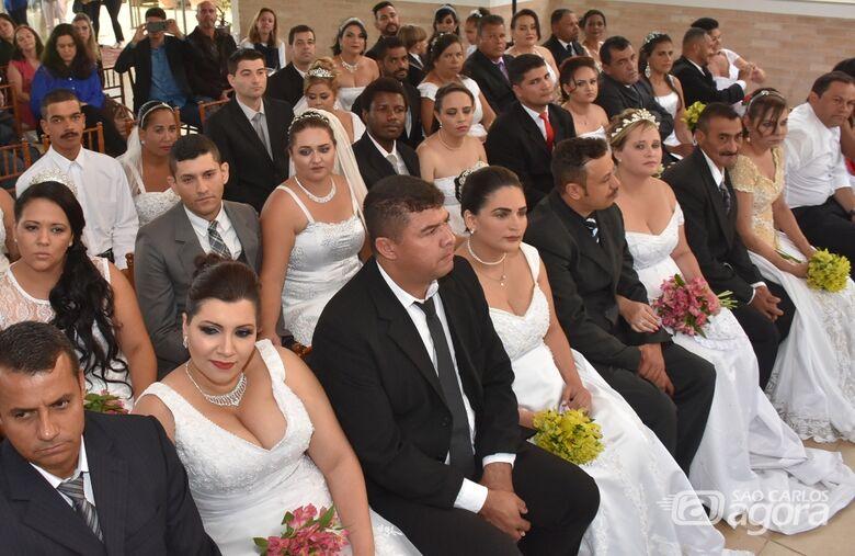 Casamento Comunitário acontece nesta quinta-feira no The Palace -