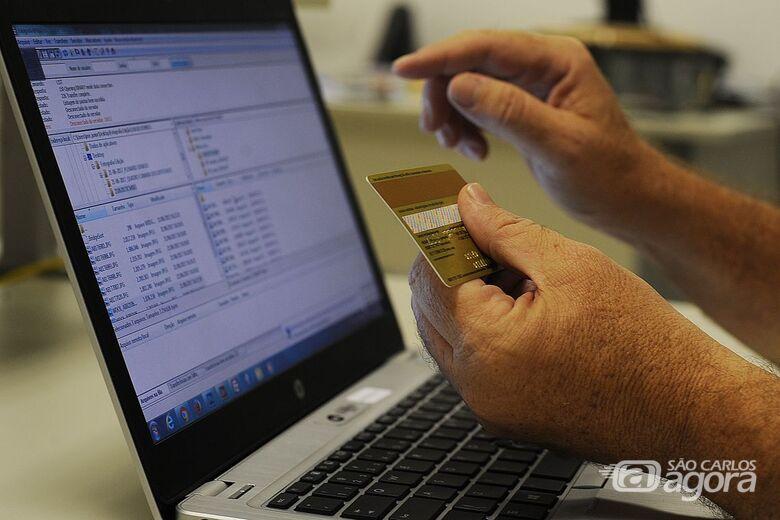 Febraban alerta para golpe virtual em compras para o Dia dos Namorados - Crédito: Agência Brasil