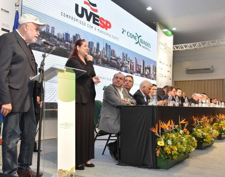 Conexidades: Airton Garcia busca recursos para construção de centro de convenções em São Carlos - Crédito: Divulgação