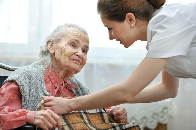 Inscrições abertas para o curso de cuidadores de idosos - Crédito: Divulgação