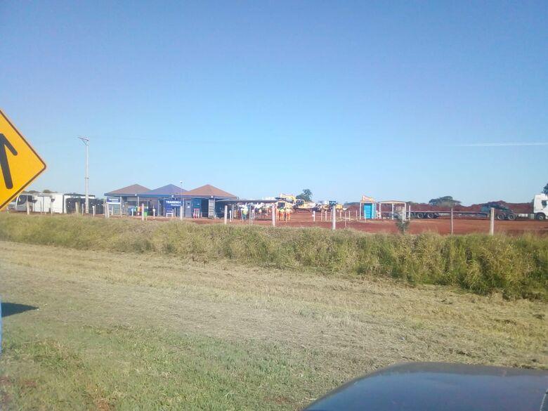 Iniciadas obras de construção de pedágio na rodovia SP-318 em São Carlos - Crédito: Colaborador/SCA