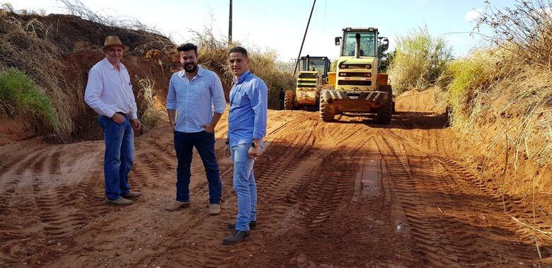 Secretaria de Agricultura assume manutenção e conservação das estradas rurais -
