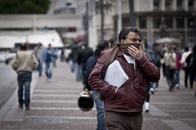 Inverno começa hoje com previsão de temperaturas acima da média - Crédito: Agência Brasil