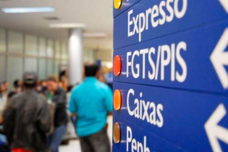 Saque do abono salarial do PIS 2018/2019 vai até sexta-feira - Crédito: Agência Brasil