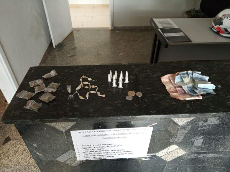 Rocam flagra adolescente com entorpecentes em Ibaté - Crédito: Divulgação