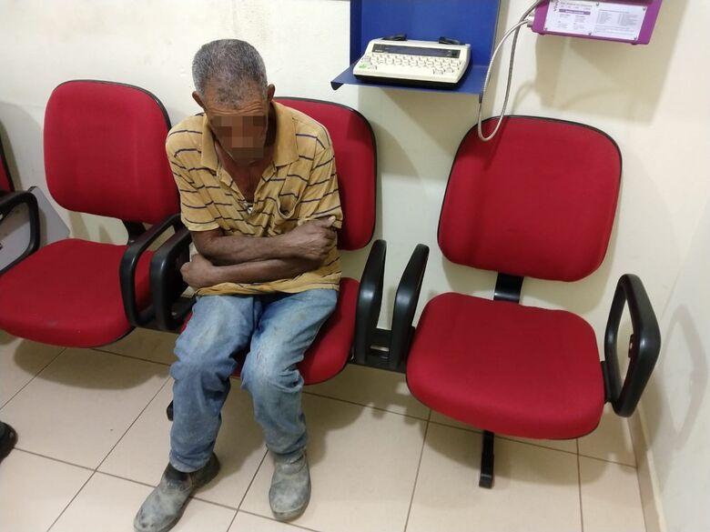 Motorista embriagado bate em muro em Ibaté - Crédito: Luciano Lopes