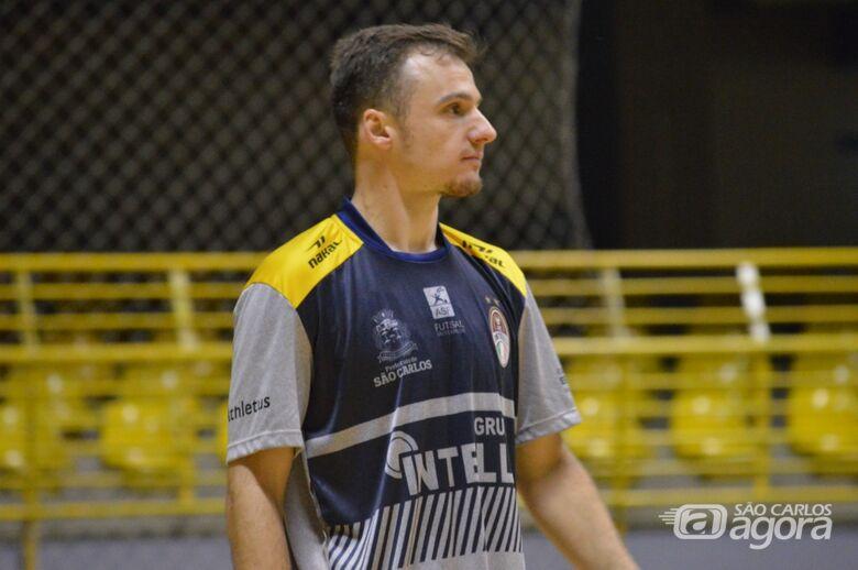 Felipe acredita que o São Carlos ganhou a cidade e o torcedor - Crédito: Maicon Reis