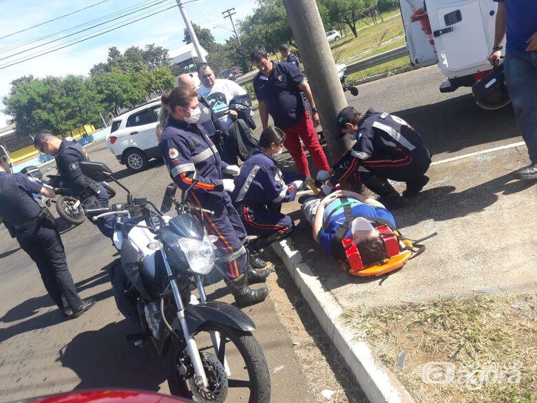 Pai e filho ficam feridos após colisão no Santa Felícia - Crédito: Maycon Maximino