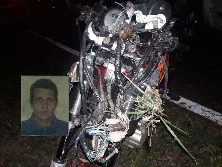 Motociclista morre após colidir em cavalo na SP-318 - Crédito: São Carlos Agora
