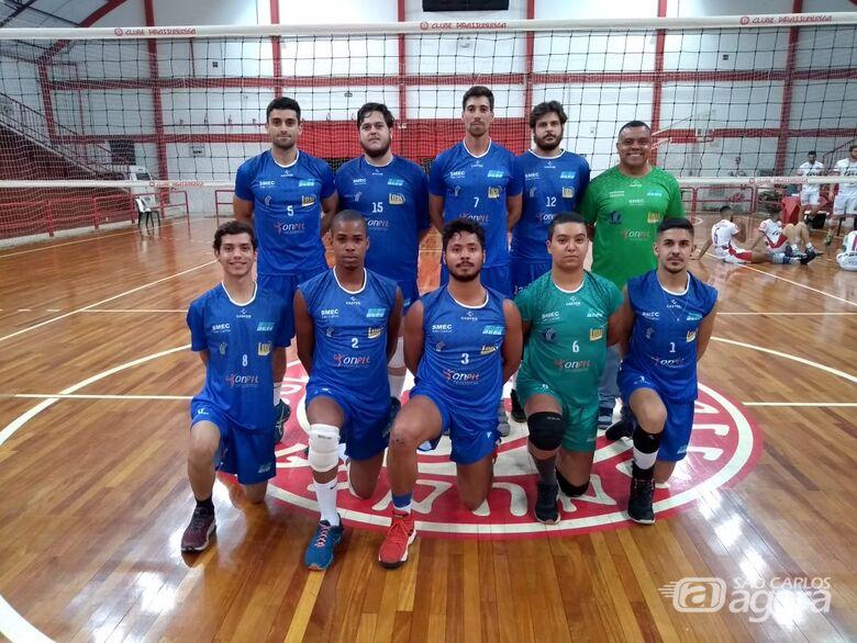 Vôlei masculino de São Carlos sofre nova derrota na APV - Crédito: Marcos Escrivani